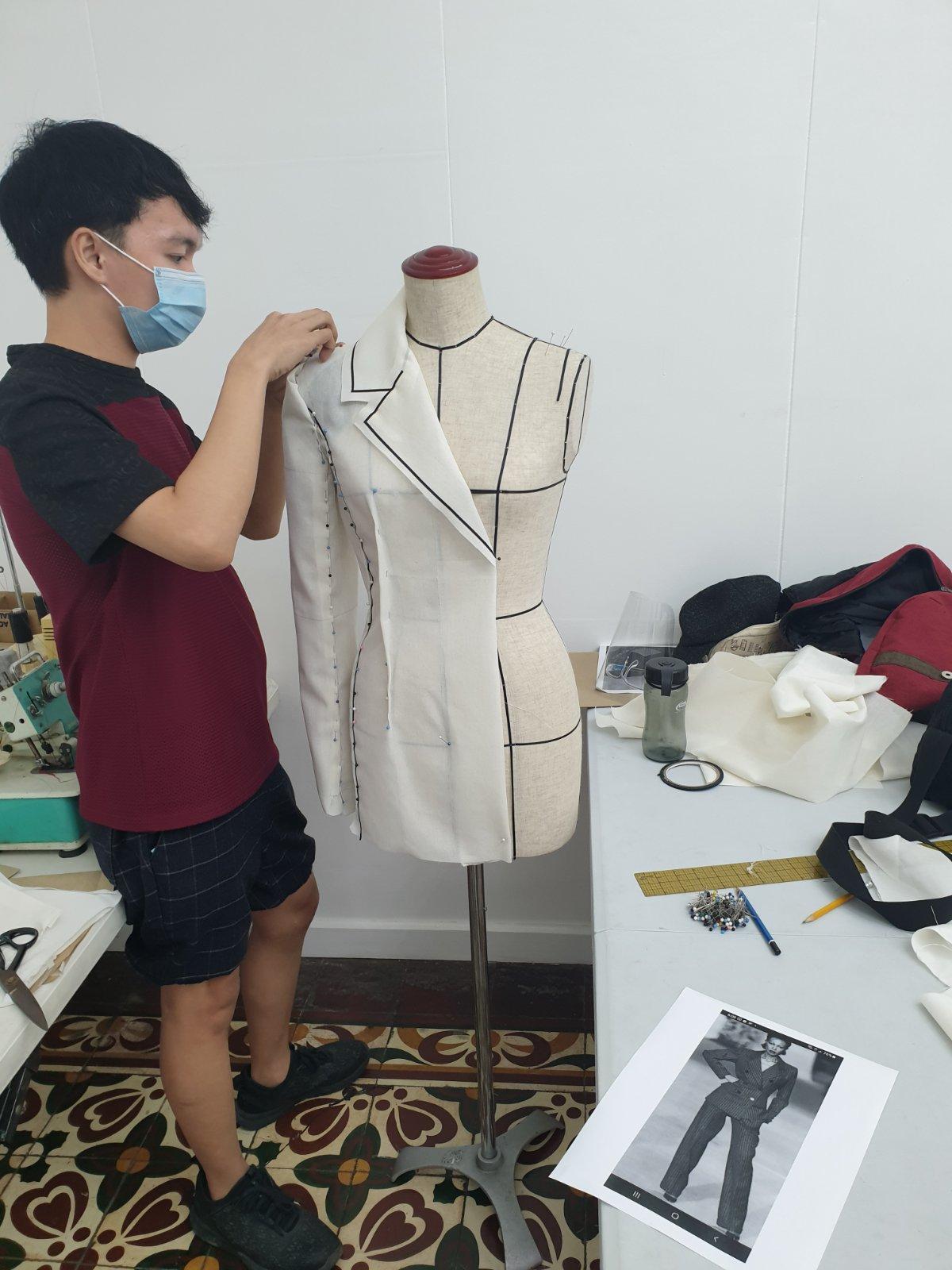 Fashion draping 3 11